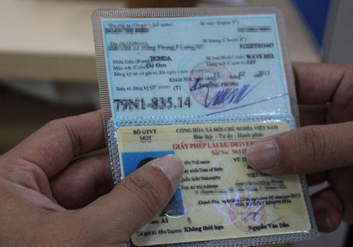 Địa chỉ cầm giấy tờ xe máy giá cao và uy tín nhất tại HCM