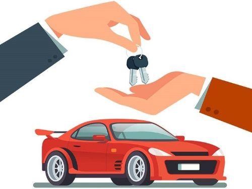 Ảnh: Cầm giấy tờ xe ô tô giá cao